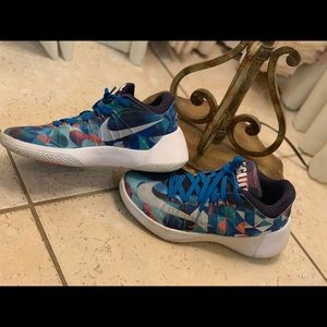 Nike Hyperdunk 2015 Sneakers